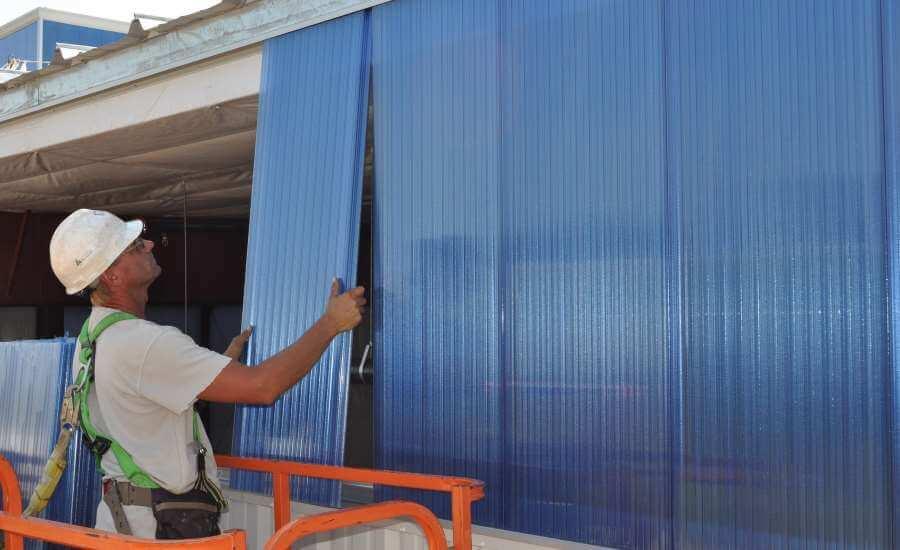 ساخت انواع دیوارهای عایق به وسیله ورق پلی کربنات